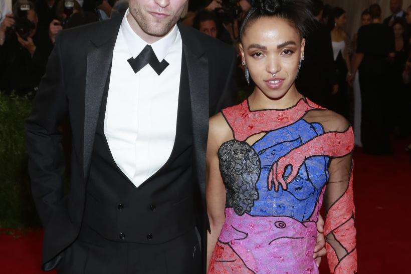 Robert pattinson dating fka twigs songs