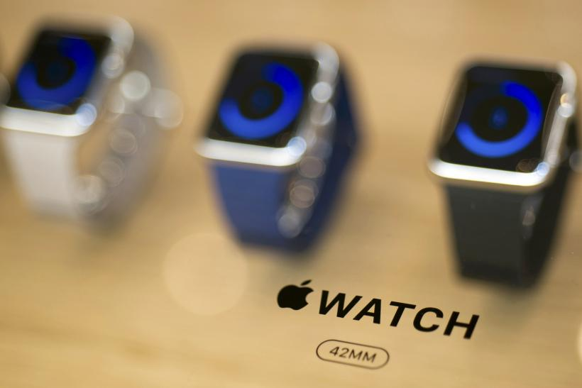 Apple Watch in-store reservation