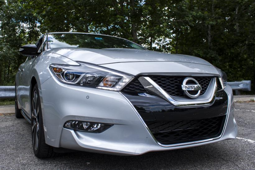 2016 Nissan Maxima Front Right 3/4