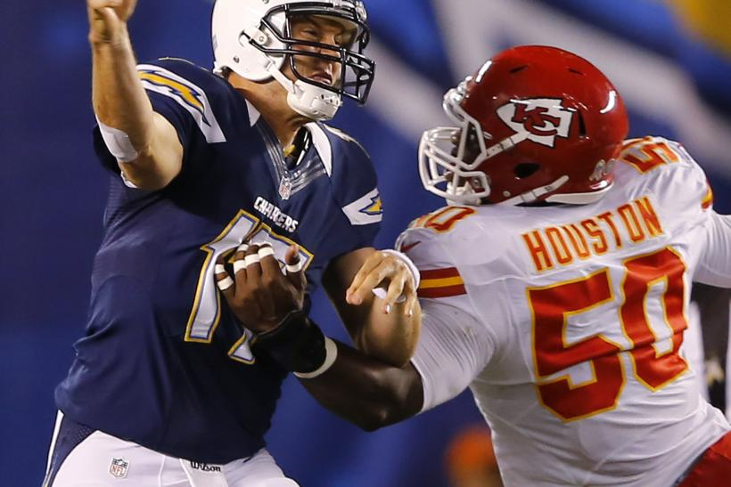 Justin Houston defends Philip Rivers