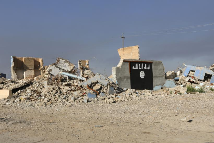 isis destroyed building