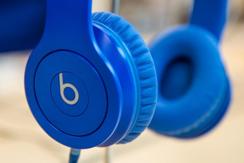 Apple Inc  Is Giving Away Free Beats Headphones To Students With