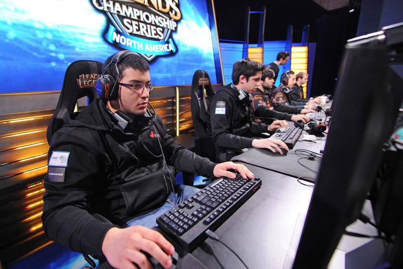 Gaming Glossary: What Do GG, GLHF, LAN, MMR, OOM, OP, Ping And Other