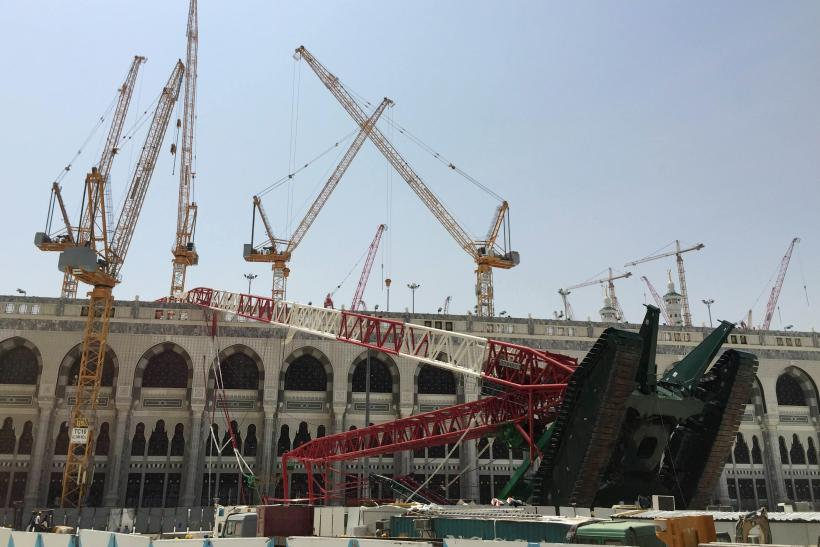Construction crane in Makkah