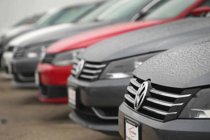 VW Dealer Chicago >> Angry Volkswagen Owners Form Twitter Lynch Mob With