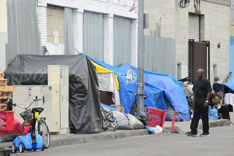 Homeless-tents