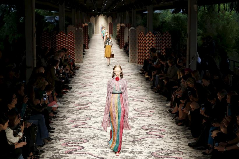 [13:13] A model presents a creation from the Gucci's Spring/Summer 2016 collection