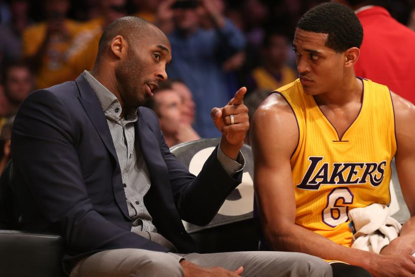 kobe talks to clarkson
