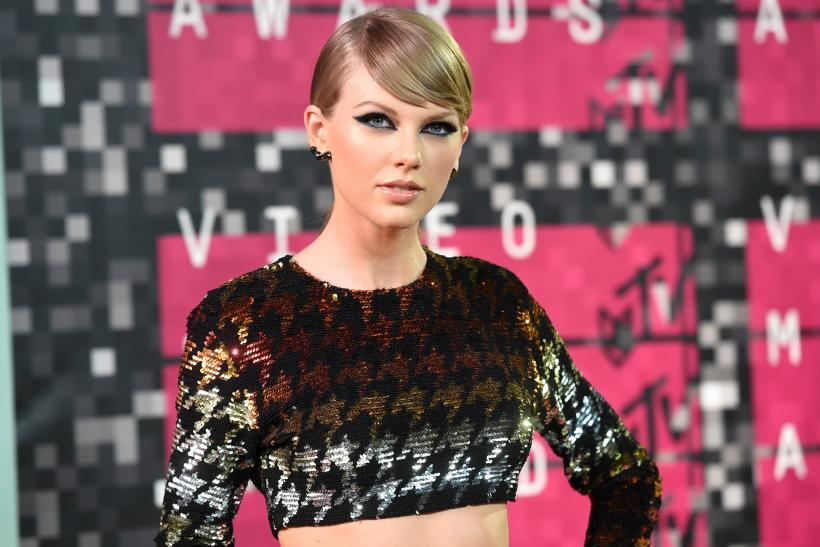 Taylor Swift Cried And Ate A Lot After She Lost At The Grammys Album Of The Year To Daft Punk