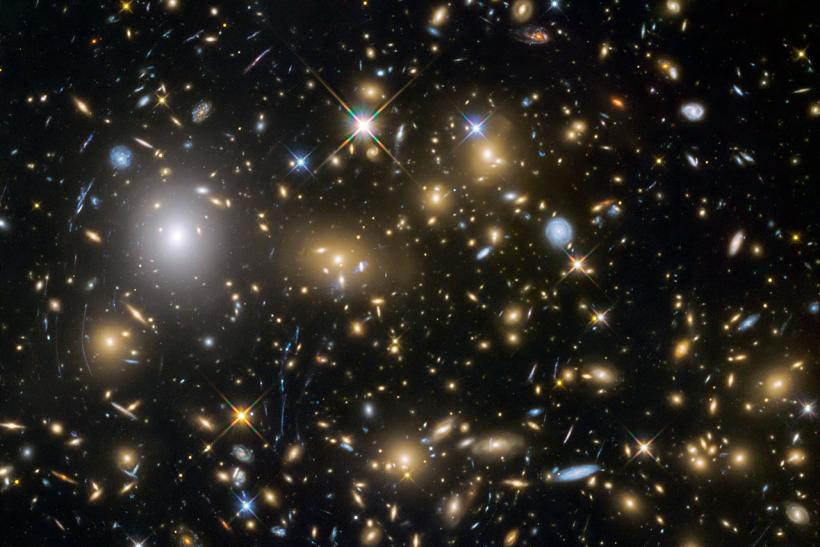Hubble Frontier Fields
