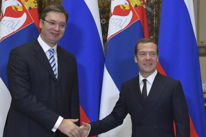 Serbian and Russian Prime Ministers shake hands