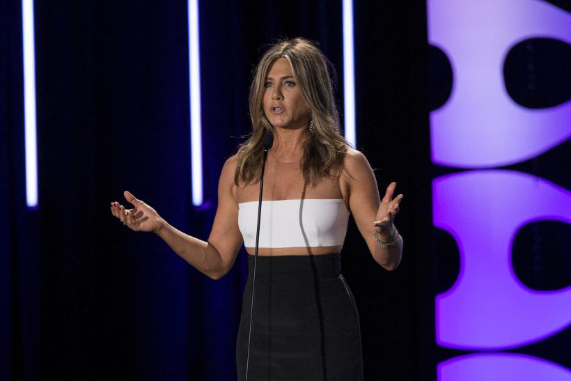 [09:17] Actress Jennifer Aniston speaks during the 29th Annual American Cinematheque Award
