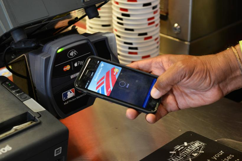 iPhone Peer-to-peer mobile payments