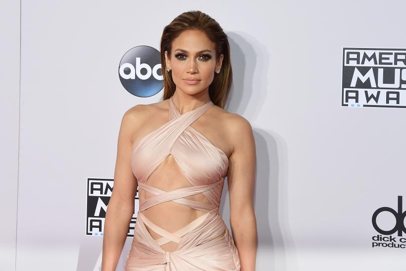 Jennifer Lopez AMAs Red Carpet