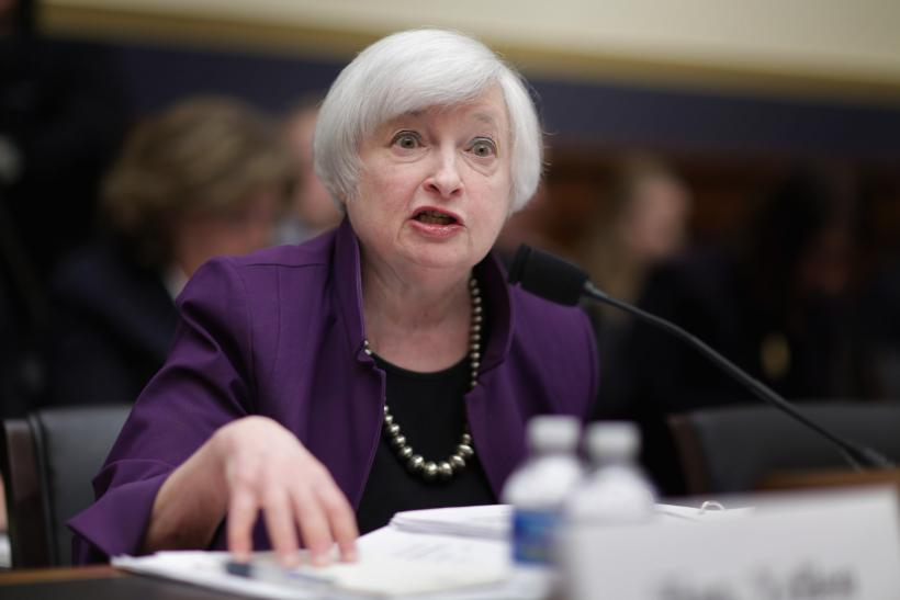 Economic Stability 2016: Financial Leaders Urge Normalized Behavior As Fed Looks At Interest Rate Hike