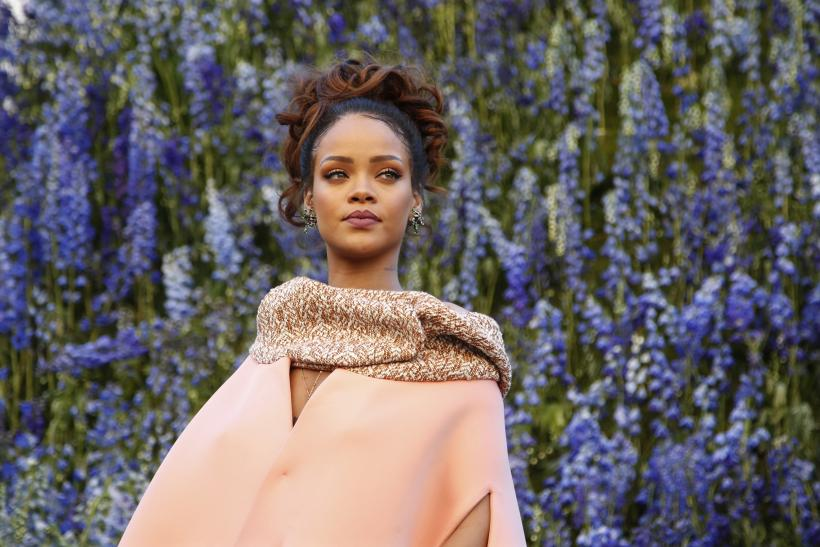 Singer Rihanna to showcase at the New York Fashion Week