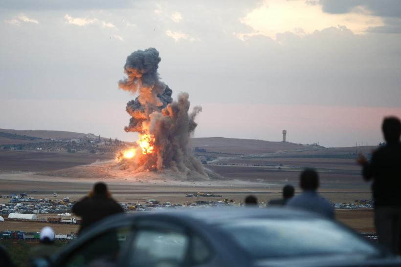 An explosion in Kobani rocks the ground