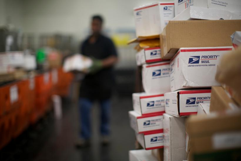 USPS Holiday Hours 2015: UPS, Post Office, Fedex Delivery Schedule ...