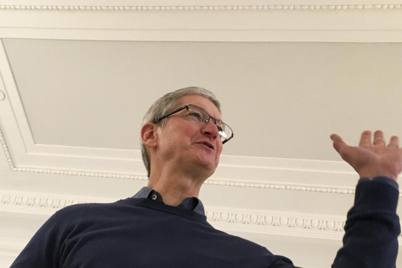 Tim Cook Meets EU Antitrust Chief