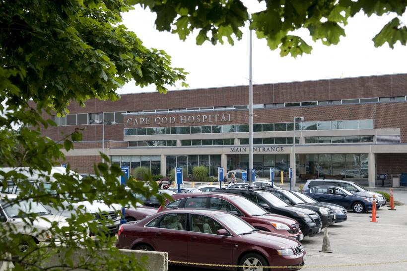 cape cod hospital hyannis ma