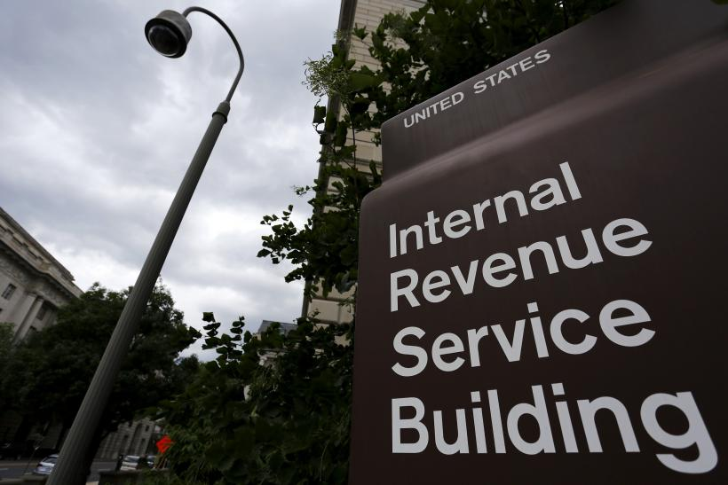 IRS Building tax fraud