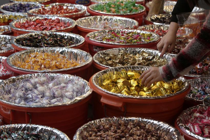 Chinese lunar new year 2016 facts traditional food snacks and easy chinese new year candies forumfinder Image collections