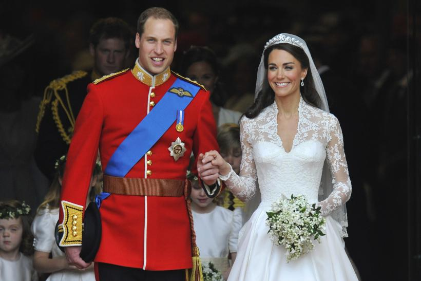 Prince William And Kate Middleton\'s Cashmere Dressing Gowns Gifts ...