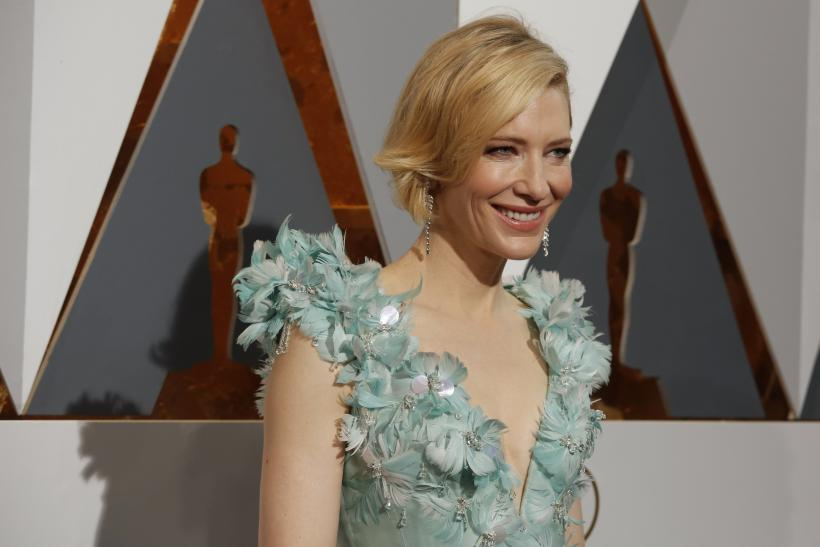 Cate Blanchett debuted new short bob at the 88th Academy Awards
