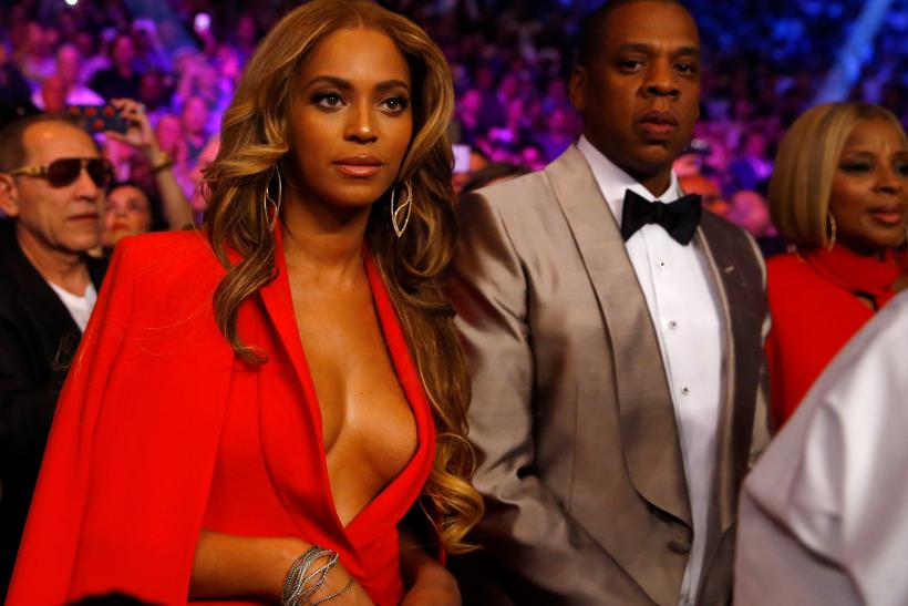 Beyoncé Spotted Without Her Wedding Ring After Reports Of A Screaming Match  With Husband Jay Z