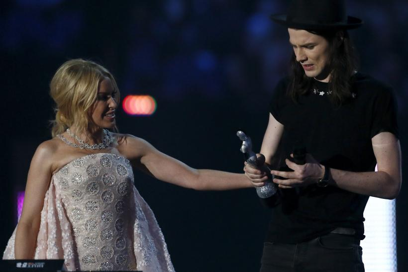 Kylie Minogue and James Bay