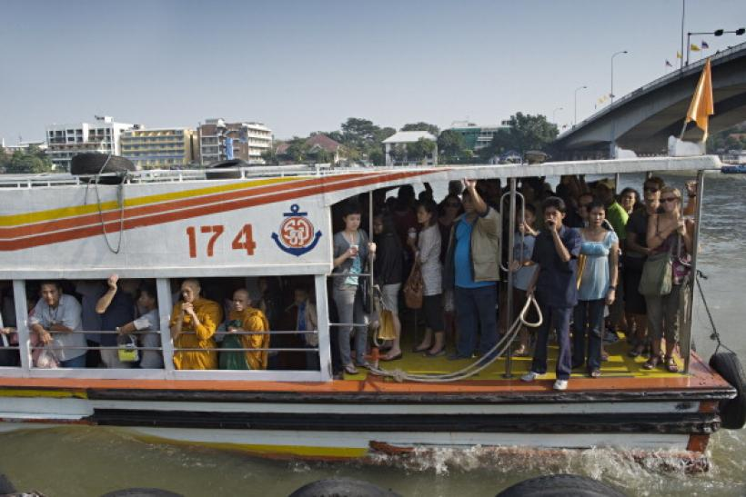 Thai commuter boat blast