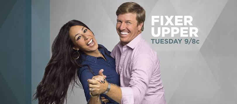 Fixer Upper Star Joanna Gaines Shares Season 4 Set Photo From Hgtv Series