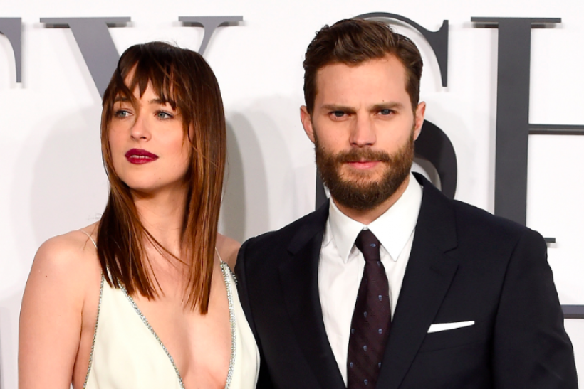 Fifty Shades Darker Leaked Wedding Ring Pictures Show Movie S