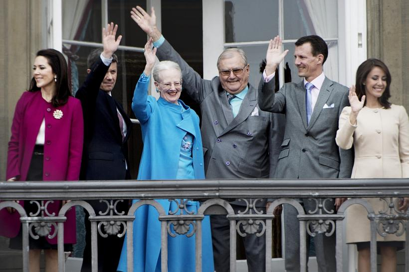 Queen Margrethe and Prince Henrik along with their family