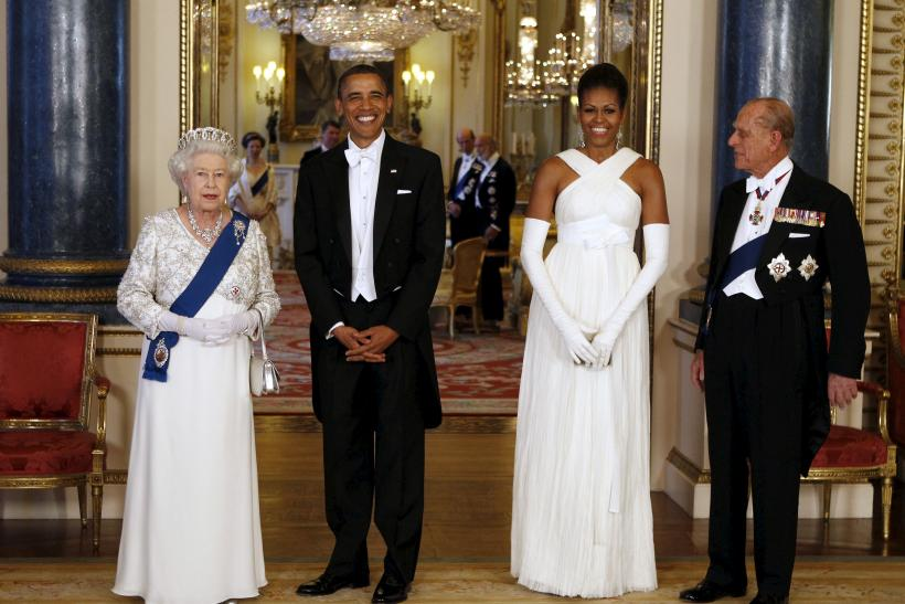 U.S. President Barack Obama (2nd L) and first lady Michelle Obama (2nd R) pose with Queen Elizabeth and Prince Phillip, Duke of Edinburgh