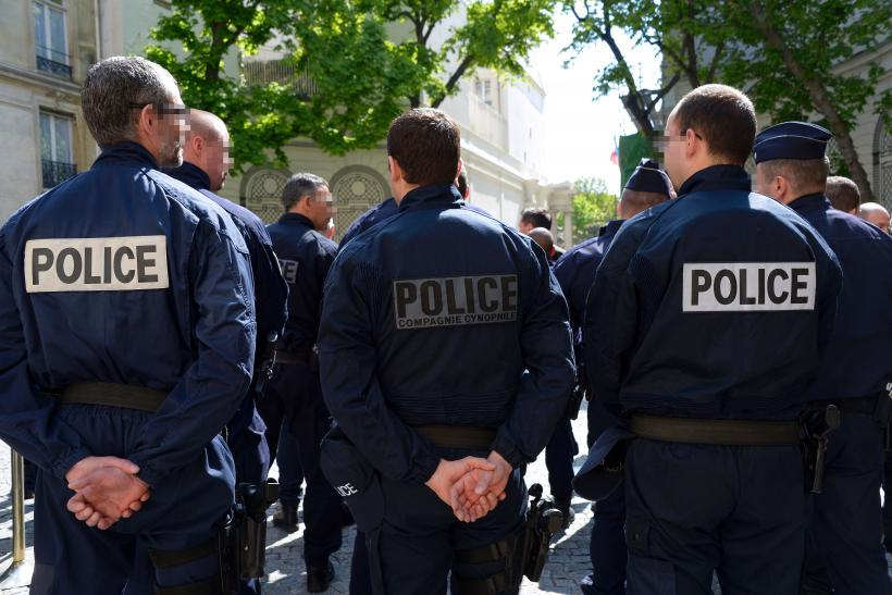 France shooting at least 2 people killed one injured for Police grenoble