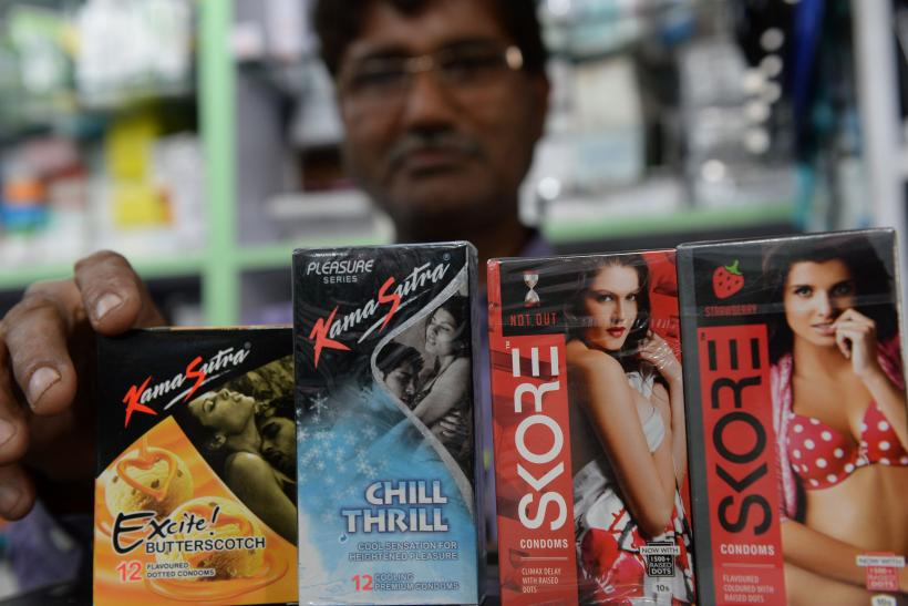 sexi girls with condoms use in india