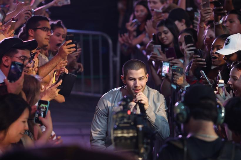 How To Get iHeartRadio Music Festival Tickets To See Drake