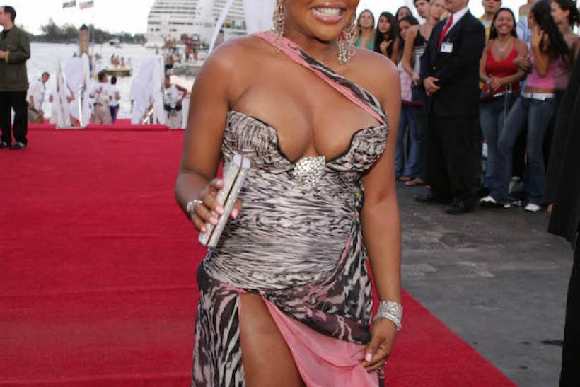 2004: Remember When Lil' Kim Barely Covered Her Assets ... She Wasn't The Only One ...