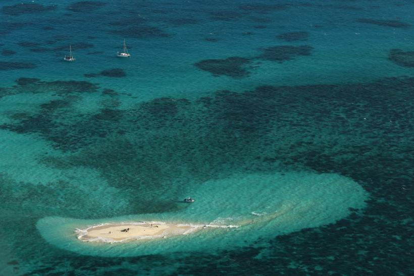 New reefs found hiding behind great barrier reef