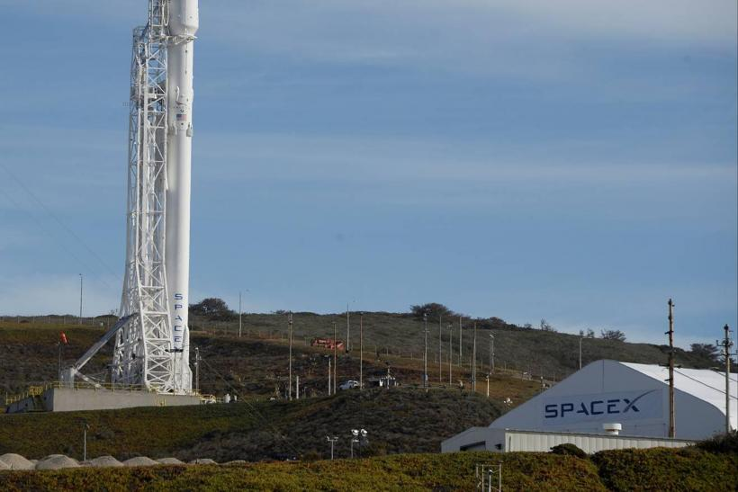 SpaceX Plans Satellite Network For Global Internet Coverage