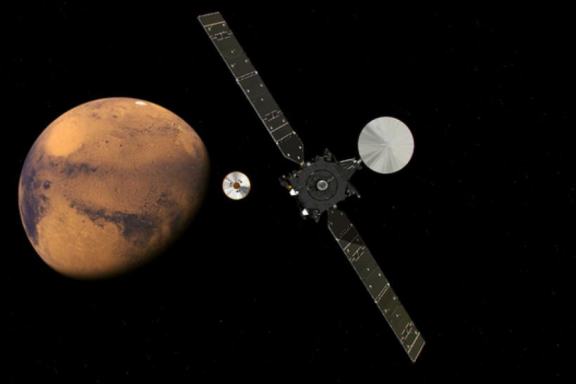 ExoMars2016_TGO_EDM_Separated_Approach_20160218_625