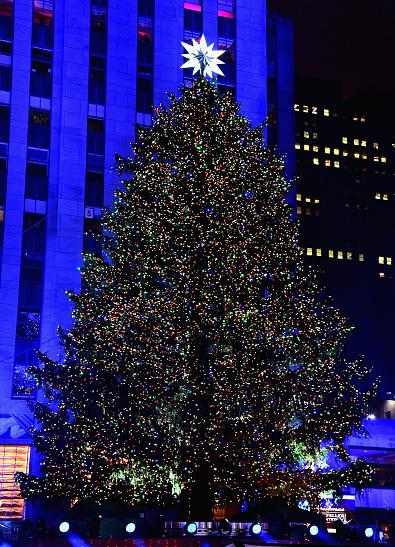 rockefeller center tree - Things To Do In Nyc During Christmas