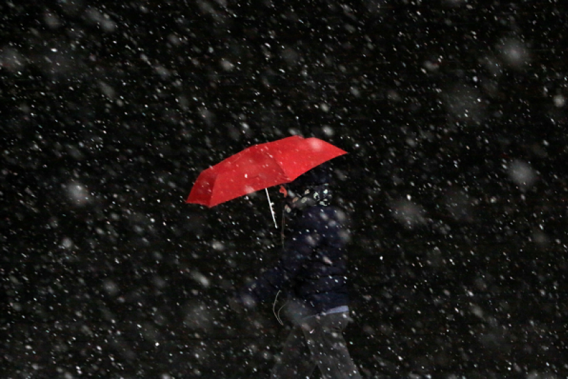 A mixture of snow and rain may hit a few cities across the U.S. on Christmas.