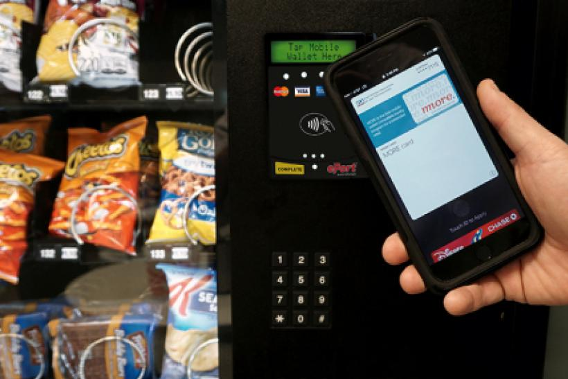 tap_on_snackmachine Apple Pay USA Technologies