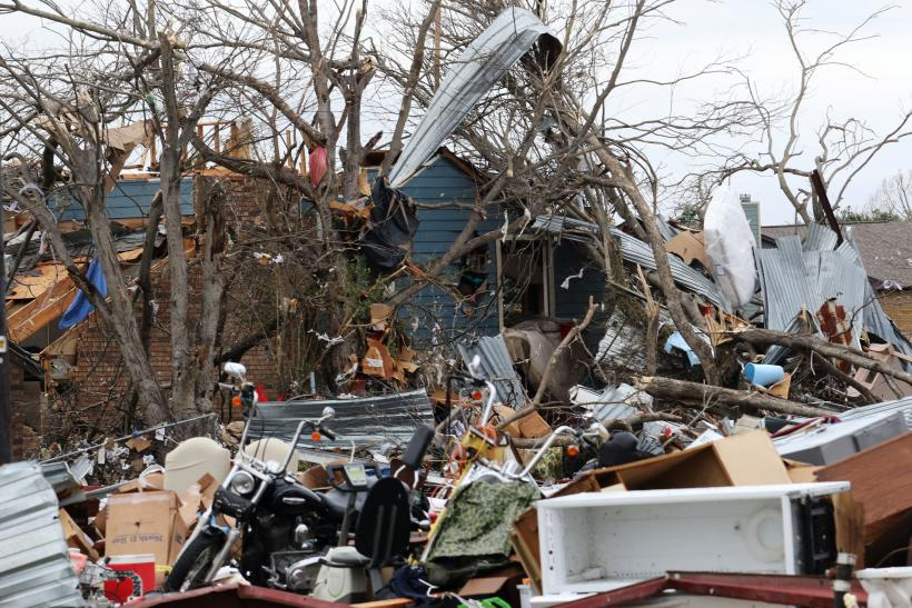 Storm damages more than 30 homes in small Texas city