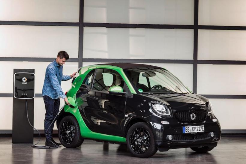 Smart Cars For No Longer Daimler Chrysler To Discontinue Production Of Gas Ed Models In 2017