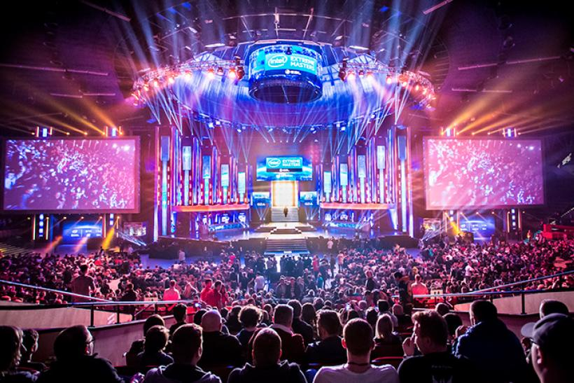 Twitter eSports Live Stream: Social Network Teams Up With DreamHack, ESL To Broadcast Tournaments Starting This Weekend