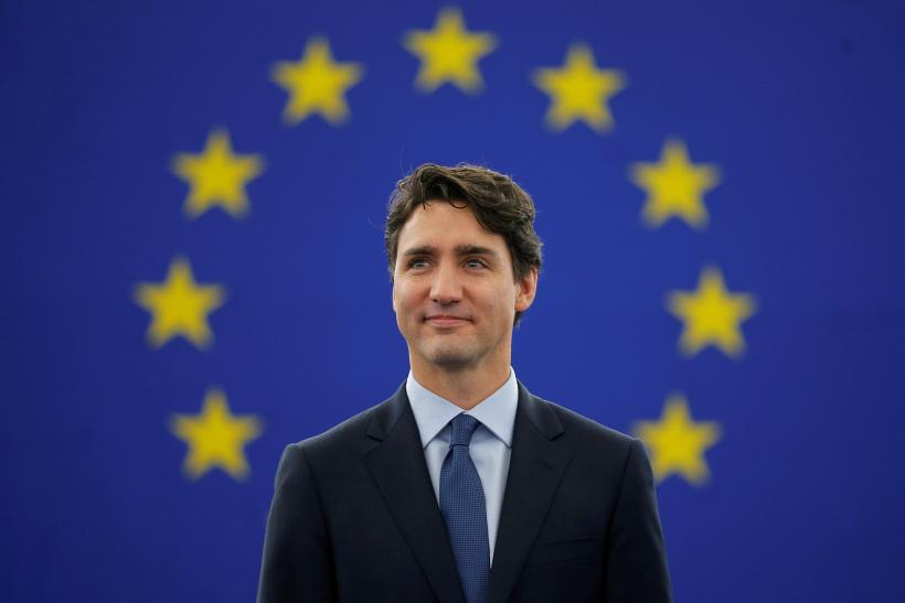 Will Justin Trudeau Ever Pose Nude? Young, Shirtless Photos