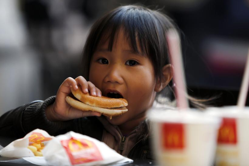 When Kids Eat At Restaurants, The Food Is Not As Healthy For Children As You Think